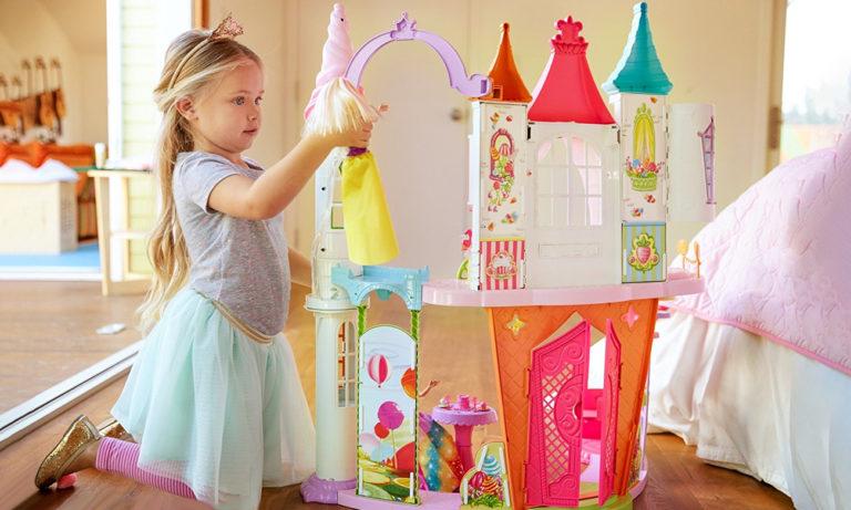 Barbie Dwupoziomowy Pałac Krainy Słodkości